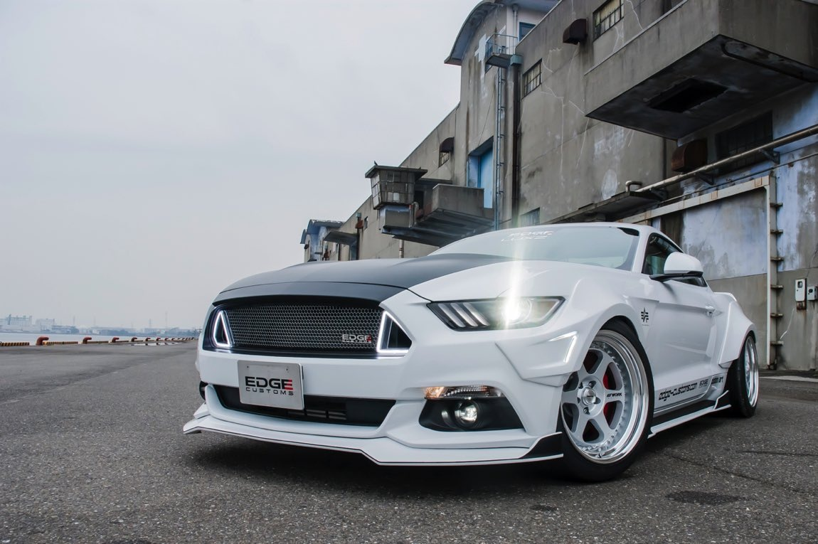 FORD MUSTANG R 07